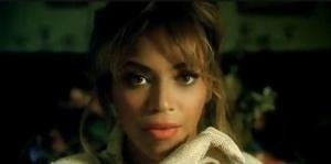 Beyoncé Deja Vu. Make clara.